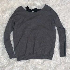 Women's JustFab Grey tie back Sweater size Medium